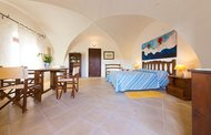 Stanza Luce e Amore - Agriturismo An extraordinary 18th century fortified farmhouse
