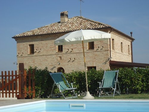 Historic villa surrounded by the enchanting landscape of Macerata - Corridonia