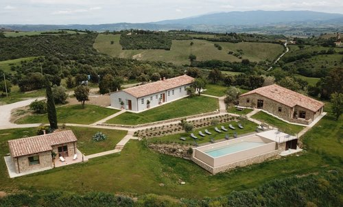 Marrucheti 82 Organic Farmhouse with infinity pool - Campagnatico