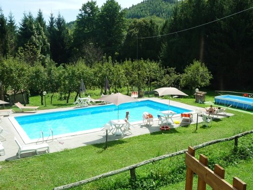 Farmhouse La Palazzina-Garfagnana, apartments and swimming pool - Castelnuovo di Garfagnana