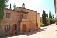 Donatello - Agriturismo La Valle - Farmhouse in the heart of Tuscany with pool