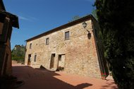 Raffaello - Agriturismo La Valle - Farmhouse in the heart of Tuscany with pool