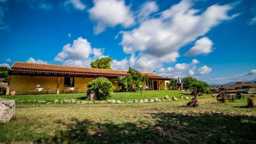 Carrucana Holiday Farm surrounded by nature&culture - Martis